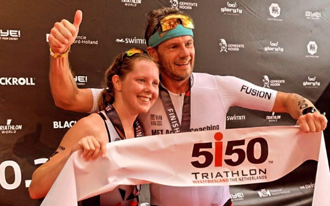 Anna Witteveen en Ardjan Swerink slepen winst binnen tijdens Ironman 5150 Westfriesland